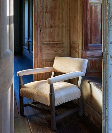 Lee Industries, Furniture By Lee