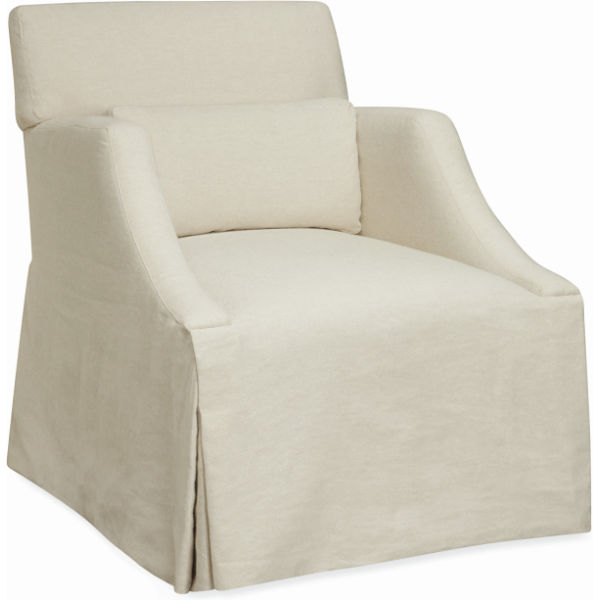 5200 01 Moyen Lounger Skirted Chair At Lee Industries